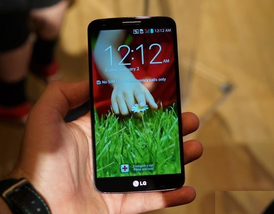 LG-G2-First-Look-Review