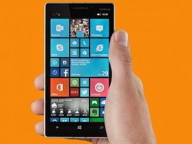 lumia_930_screen_hand_press_image